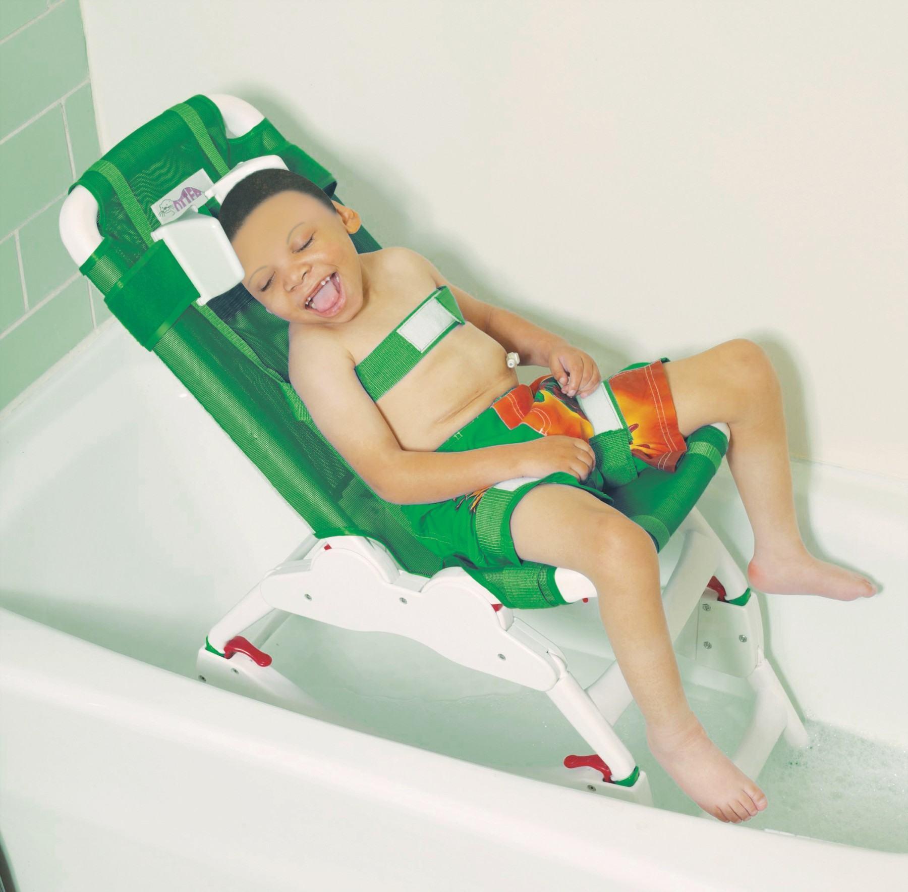 Устройства для купания детей с ДЦП - верные помощники
